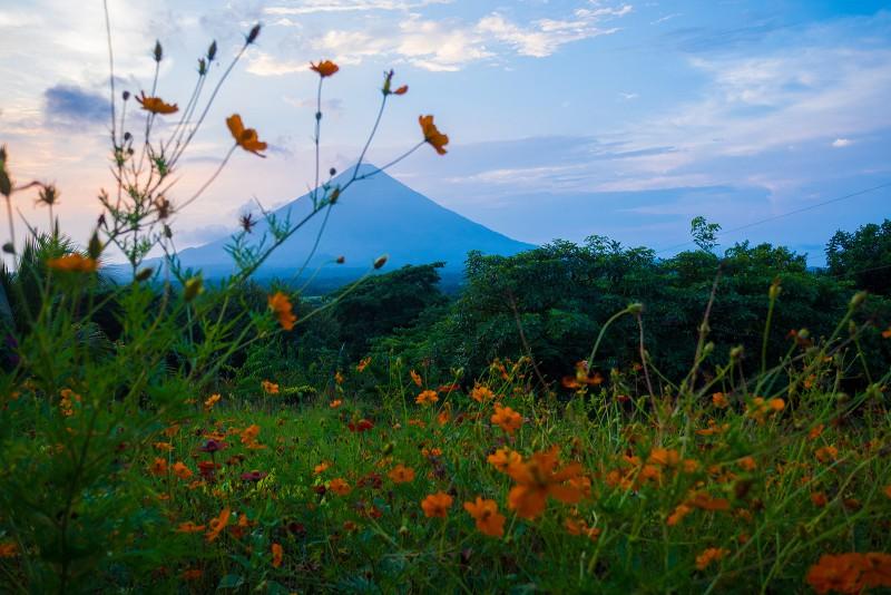 Abendstimmung mit Blick auf Vulkan Conception